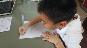 น่ารัก! เด็กชายรู้สึกผิด ขอคุณครูเขียนใบลาออก หลังลืมเอาไม้ปิงปองมาโรงเรียน