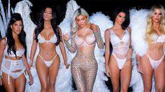 ครางฮือ! Kendall และ Kylie Jenner ชวนเพื่อนโชว์ทีเด็ดปาตี้ฮาโลวีน Victoria's Secret