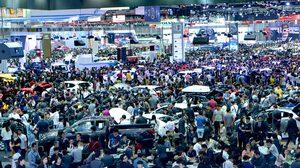 """MOTOR EXPO 2017"" ผ่านครึ่งทาง ยอดขายรถคึกคัก!"
