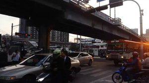 ปิดสะพานข้ามแยกอโศก-เพชรบุรี นาน 6 เดือน ยังแก้ปัญหาจราจรได้ ประเมินอีกทีเปิดเทอม
