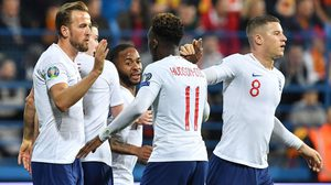 ผลบอล : มอนเตเนโกร vs อังกฤษ !! มอนเตฯ กระตุกหนวด สิงโต ก่อนโดนตะปบดับ 1-5