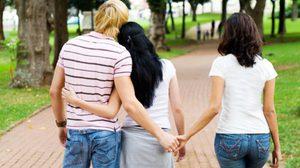 ราศีใดในช่วงนี้ ต้องจับมือกันให้แน่น เพราะ มือที่สาม จะเข้ามาทำรักพัง!