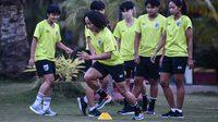ฟุตบอลหญิงไทยพร้อมเผด็จศึกเมียนมาเกมอุ่นถิ่นหม่อง