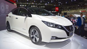 Nissan Leaf  ยอดขายทะลุ 100,000คัน ที่ประเทศ ญี่ปุ่น