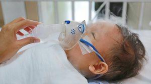 วิธีแยกให้ออกว่าลูกกำลังเป็น ไข้หวัด หรือ RSV โรคระบบทางเดินหายใจ
