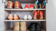 ทริคง่ายๆกำจัดกลิ่นใน ตู้รองเท้า ให้อยู่หมัด