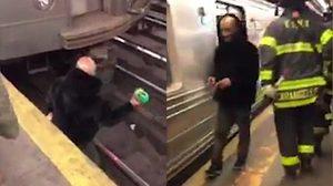 หนุ่มขี้เมาลงไปสูบบุหรี่บนรางรถไฟใต้ดินช่วง รถไฟ กำลังจอด เสร็จแล้วก็เดินขึ้นมาหน้าตาเฉย