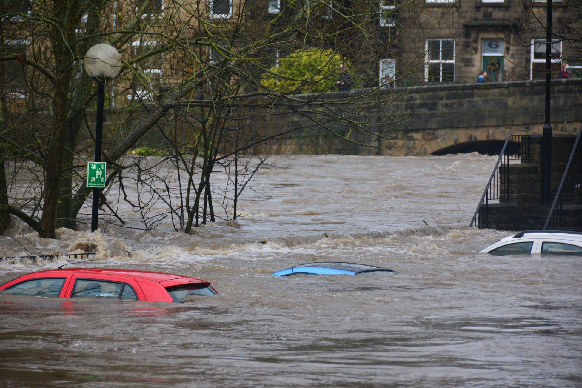 คำศัพท์ภาษาอังกฤษเกี่ยวกับ ภัยพิบัติ น้ำท่วม แผ่นดินไหว สึนามึ ดินฟ้าอากาศ