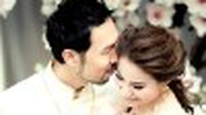 รวมสีสัน งานแต่งดาราปี 2557 คู่รักที่อบอวลด้วยความรักแห่งปีนี้