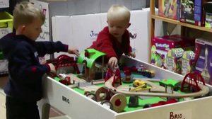กุมารแพทย์ชี้ของเล่นที่ดีที่สุดสำหรับเด็ก คือ ของเล่นธรรมดาๆ
