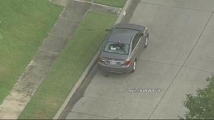 พายุลูกเห็บถล่มสหรัฐฯ ทำบ้านเรือน-รถยนต์พังเสียหาย เหตุมีขนาดเท่าลูกเบสบอล
