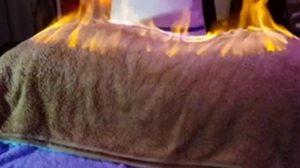 สปาสุดฮาร์ดคอร์ในอียิปต์ ใช้ไฟเผาลูกค้าแก้ปวดเมื่อย